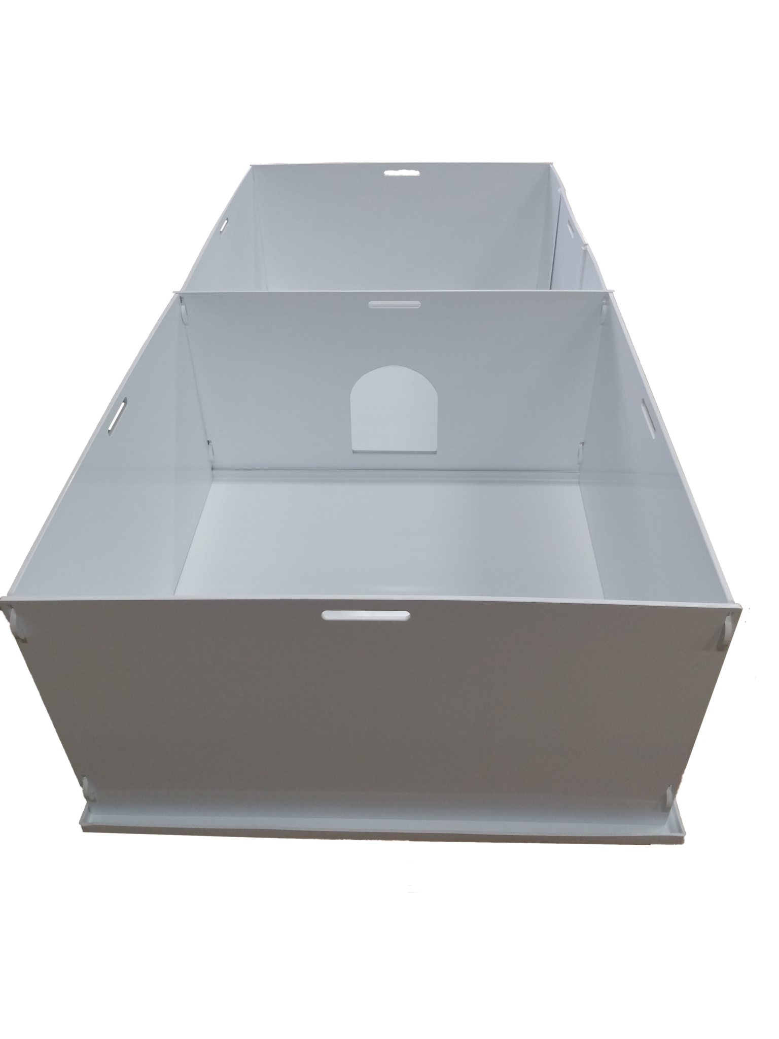 pettech-90-whelping-box-set-back-view-with-door